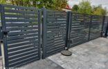 ogrodzenie palisadowe na murku (2)